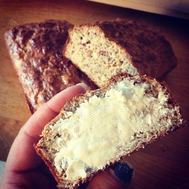 Lättbakat bröd med grahamsmjöl