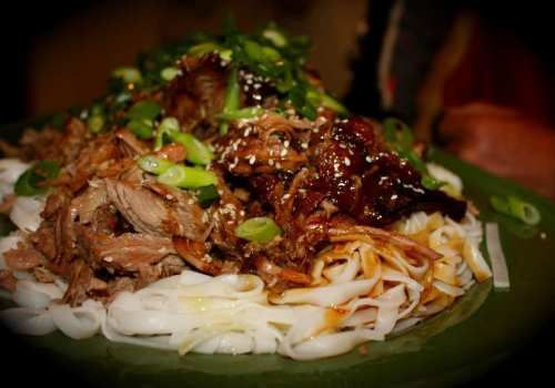 Cooked for 6 hours in the slow cooker this aromatic, melt-in-your-mouth, gooey, moist, extra large platter of pure asian delight had us all dribbling. A r