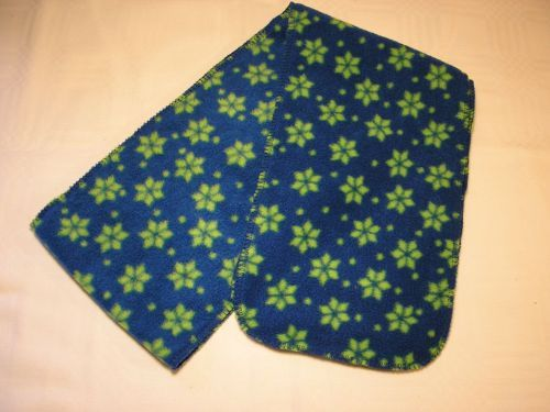 Childs fleece scarf blue with green snowflakes