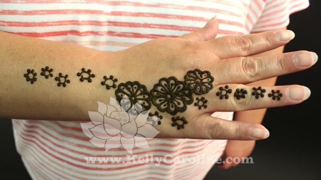 23 best islamic art images on pinterest palestine henna tattoos and islamic art. Black Bedroom Furniture Sets. Home Design Ideas
