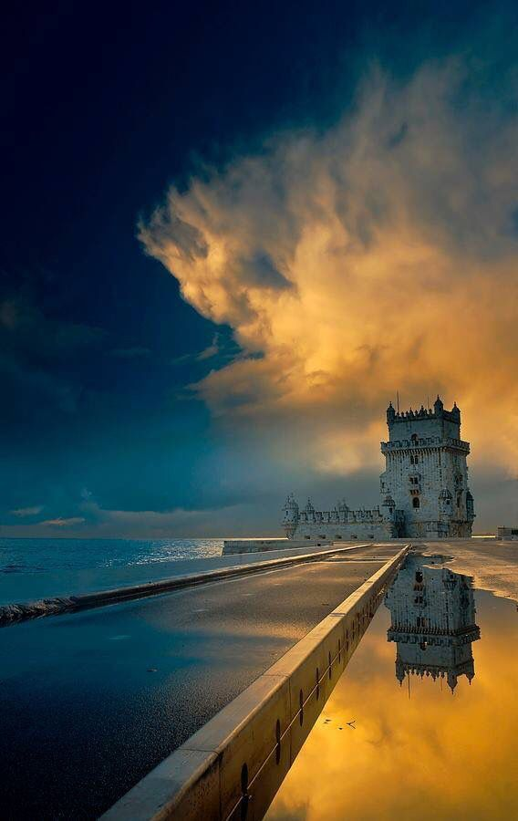 Portugal - Lisbon http://666travel.com/top-10-tourist-attractions-in-lisbon-portugal/