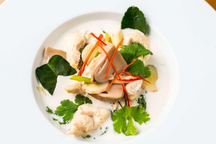 Tom Kha Gai (thai kókusztejes csirkeleves) recept