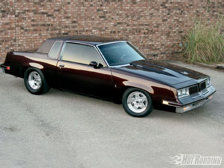 Olds Cutlass Supreme, my dad had one when I was a kid. Lots of great memories!