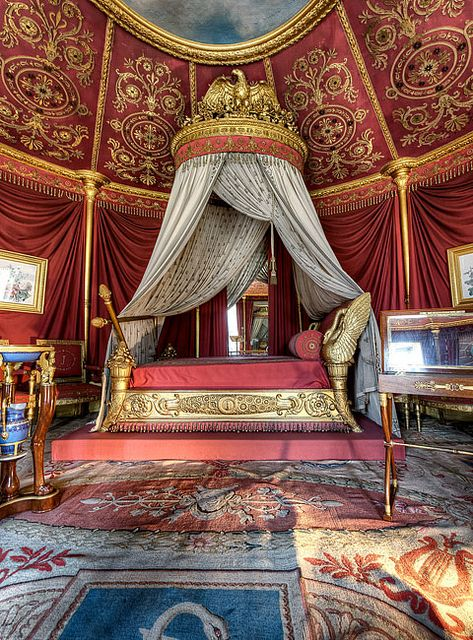 Chambre de l'impératrice (Chamber of the Empress) at Château de la Malmaison in Rueil-Malmaison, France. It was the residence of Empress Joséphine.