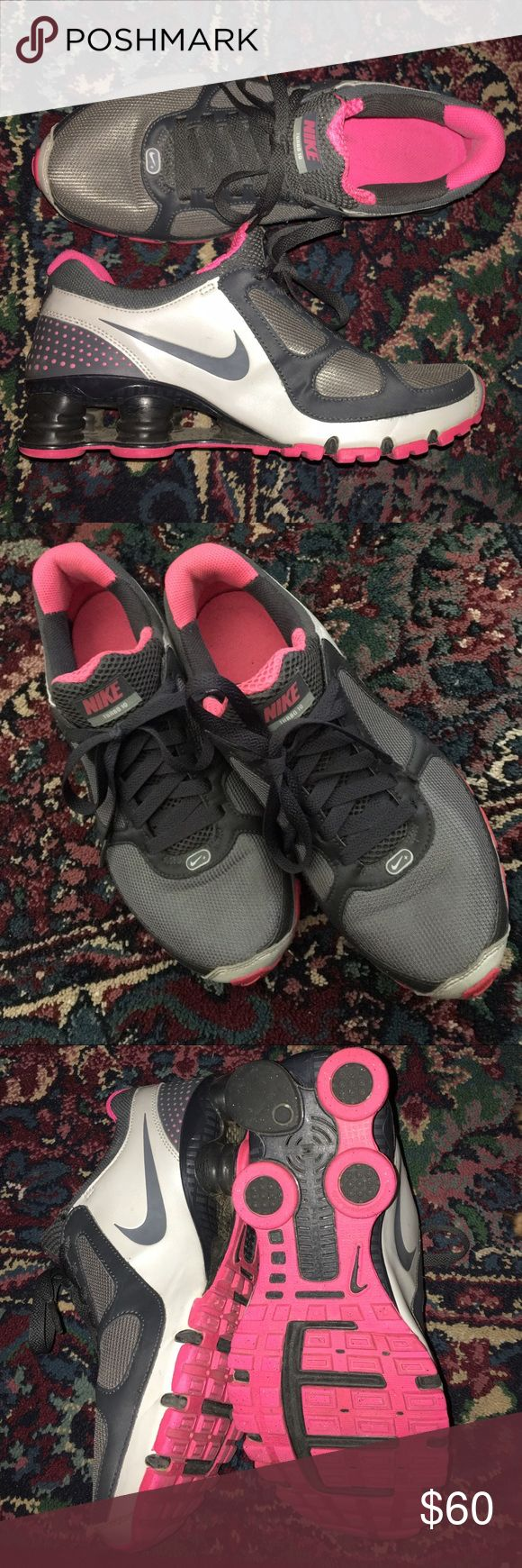 💖NIKE Tennis Shoes💖 💕NIKE SHOCKS Size 71/2💖Love The Color Combination💕 Nike Shoes Athletic Shoes