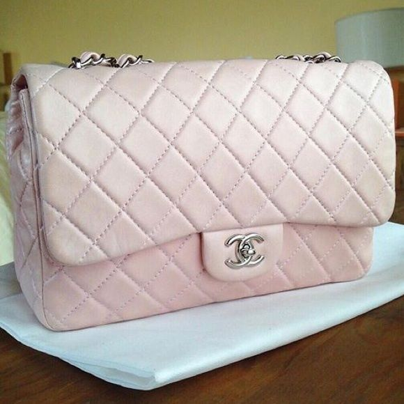 Chanel classic jumbo Used in a very good condition. Soft lambskin CHANEL Bags Shoulder Bags