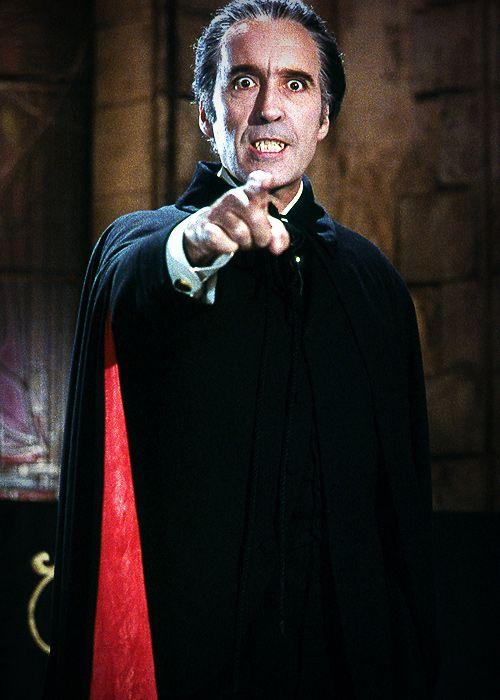 Christopher Lee en el papel de Drácula