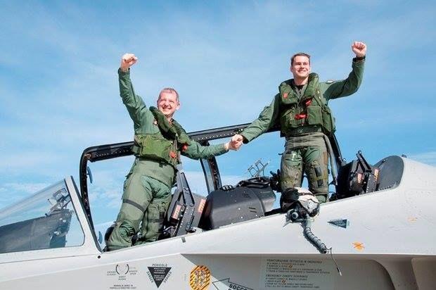 IL 61° STORMO INIZIA L'ATTIVITA' CON IL T-346  Effettuato il primo volo sul nuovo addestratore dell'A.M. con equipaggio interamente della Scuola di Volo di #Galatina - #Lecce.