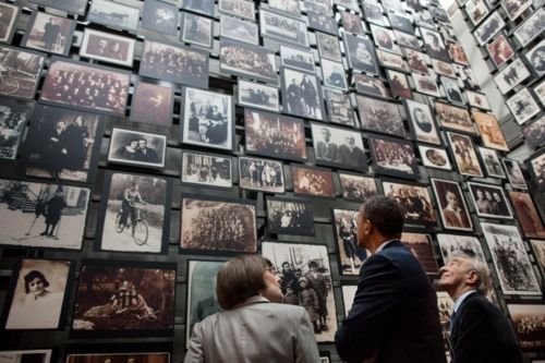 President Obama and Elie Wiesel tour the United States Holocaust Memorial Museum