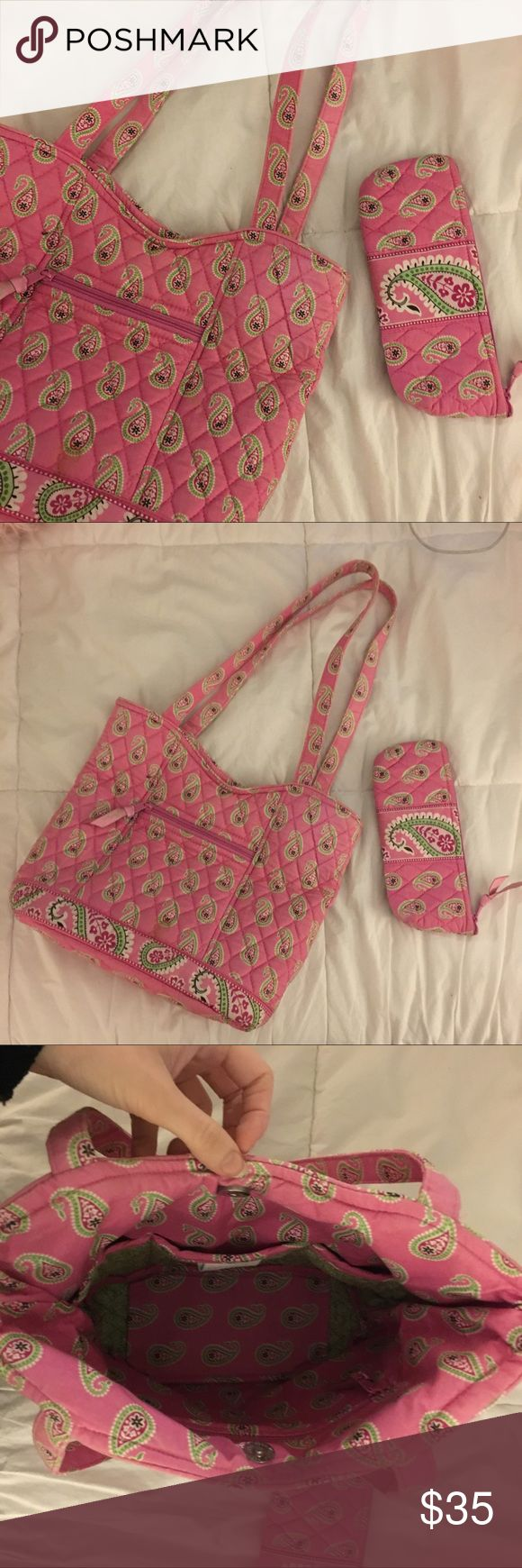 Vera Bradley handbag and cosmetic case Adorable Vera Bradley handbag and cosmetic case. Handbag had light fading and one spot pictured above. Retired pattern and in wonderful condition! Vera Bradley Bags