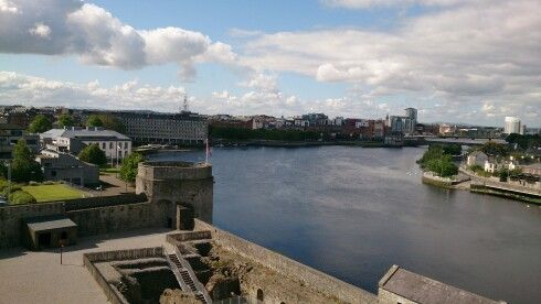 Rio Shannon desde Limerick, Irlanda