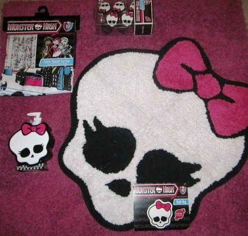 Monster High Bathroom Room Decor Lot With Rug, Shower Curtain, Soap  Dispenser And Shower