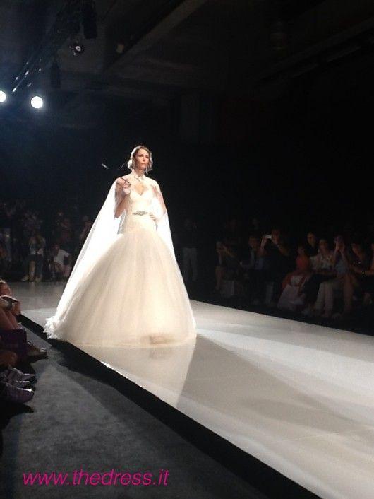 Exclusive The Dress http://www.thedress.it/5084/alessandra-rinaudo-2013-per-una-sposa-sofisticata-e-glamour/