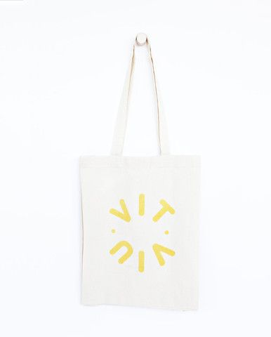 VITVIU Logo tote bag    A collaboration with Vitviu. Photo Therese Fische