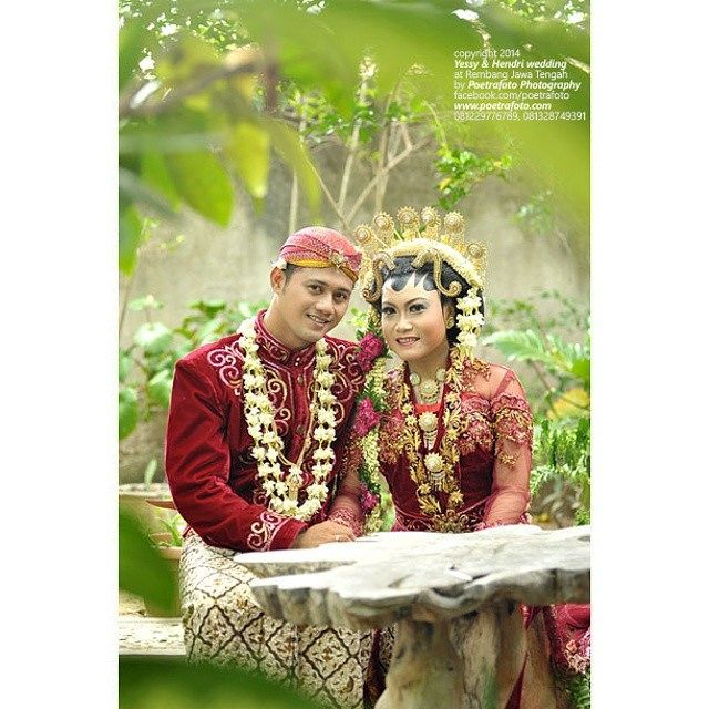 #foto #wedding Yessy & Hendri di #Rembang #JawaTengah #weddingphoto by Poetrafoto Photography, http://wedding.poetrafoto.com