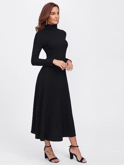 geripptes strick kleid mit stehkragen | kleid mit