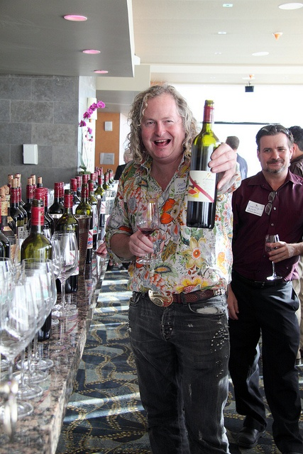 d'arenberg winemaker Chester Osborn shows off his new single vintage Syrah in Denver!