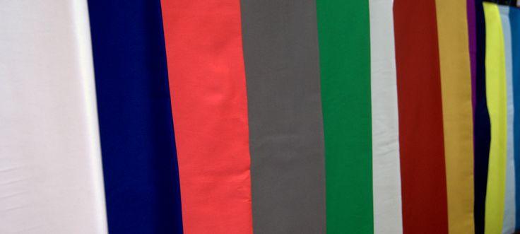 """Który kolor jest """"Twoim"""" kolorem? Czas zaprezentować Nevadę czyli satynową bawełnę w kolorystyce przyprawiającej o zawrót głowy. Kolory widoczne na zdjęciu to tylko część, którą posiadamy w naszym sklepie. Warto więc zajrzeć do naszego sklepu, gdzie zmieniło się bardzo dużo. Zapraszamy do naszego sklepu www.textilecity.pl"""