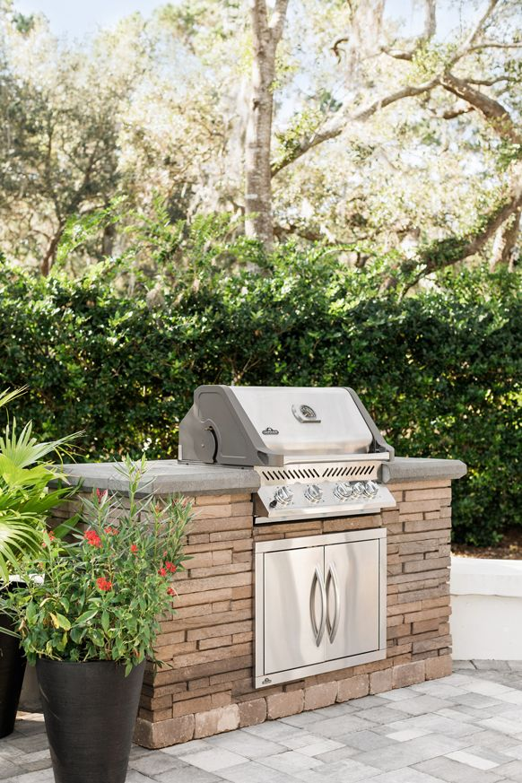 Belgard Grill Islands Are Not Only Functional And Durable But Also Aesthetically Pleasing Outdoor Grill Island Grill Island Outdoor Fireplace