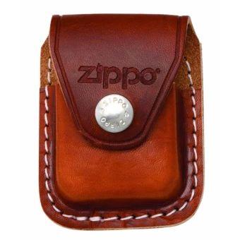 ลดราคา  Zippo LPCB-000001 Brown Lighter Pouch Clip แบบมีคลิปเหน็บ  ราคาเพียง  650 บาท  เท่านั้น คุณสมบัติ มีดังนี้ กระเป๋าไฟแช็คแบบมีคลิปเหน็บ ใส่ไฟแช็ค Zippo ได้ทุกขนาด ผลิตจากหนังวัวแท้ วัสดุคงทน แน่นหนา แข็งแรง ผลิตและนำเข้าจาก USA