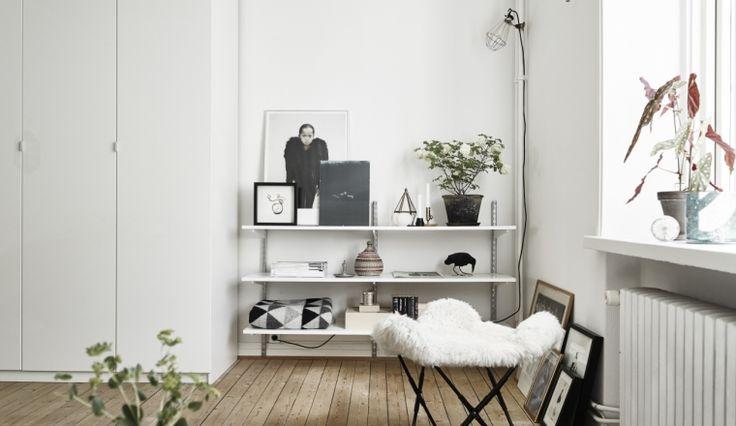 17 beste idee n over compact wonen op pinterest compacte keuken ruimtebesparende keuken en - Ruimtebesparende mezzanine ...