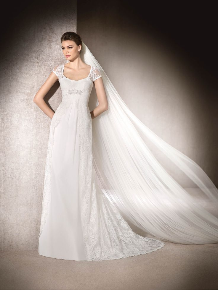 Brautkleid ausgestellt Marzo