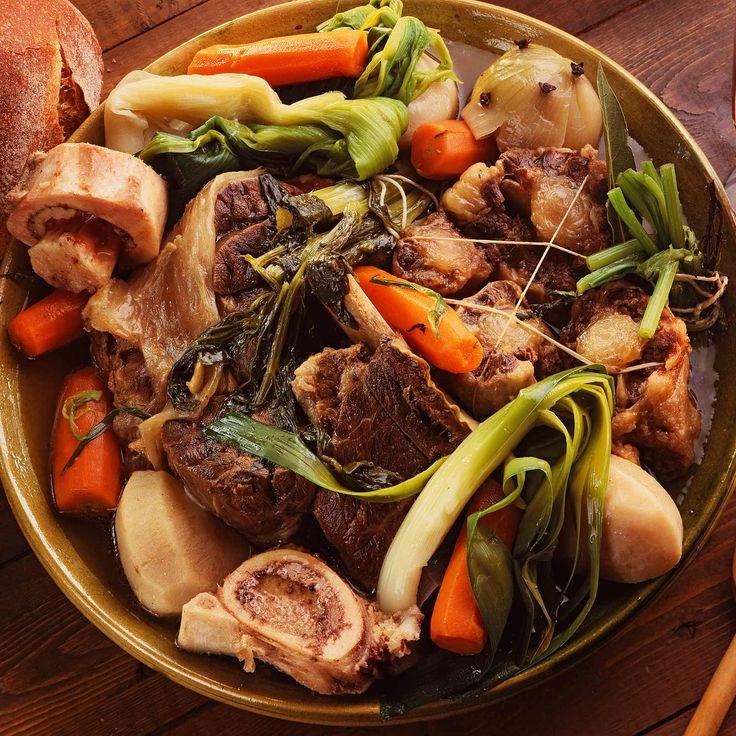 Découvrez la recette pot-au-feu sur cuisineactuelle.fr.
