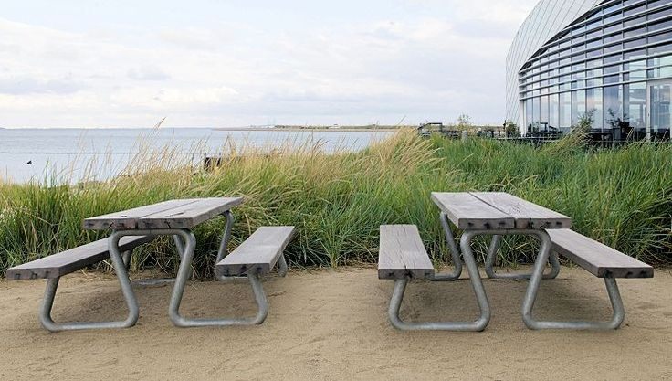 THORS Omega, The Blue Planet Copenhagen #picnicbench #outdoordiningset #outdoorfurniture