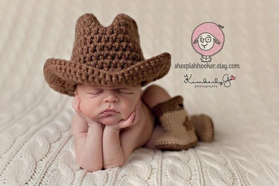 Baby Cowboy or Cowgirl Set-Includes Hat & Boots op Etsy, 29,23 €