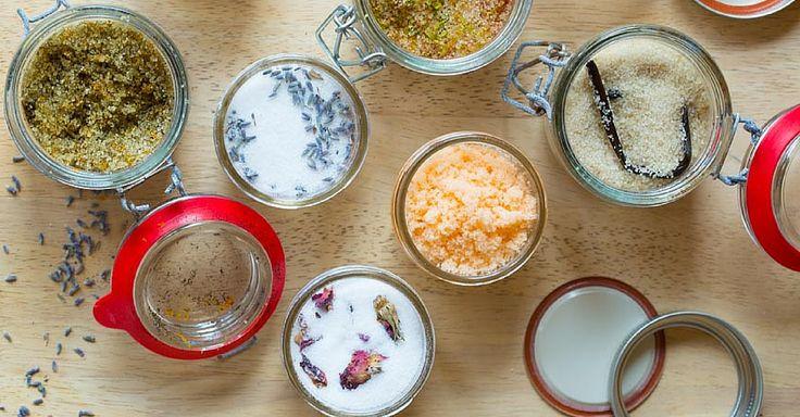 6 receptů na domácí ochucený cukr ke kávě i do pečení