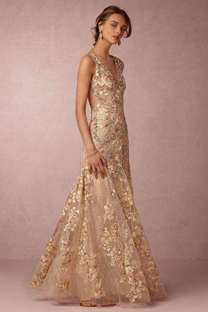 78  ideas about Gold Wedding Dresses on Pinterest  Indian wedding ...