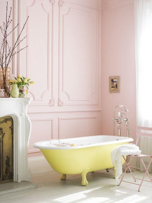 .: Bathroom Design, Blushes Pink, Bath Tubs, Clawfoot Tubs, Bathtubs, Pale Pink, Pastel Bathroom, Pink Wall, Pink Bathroom