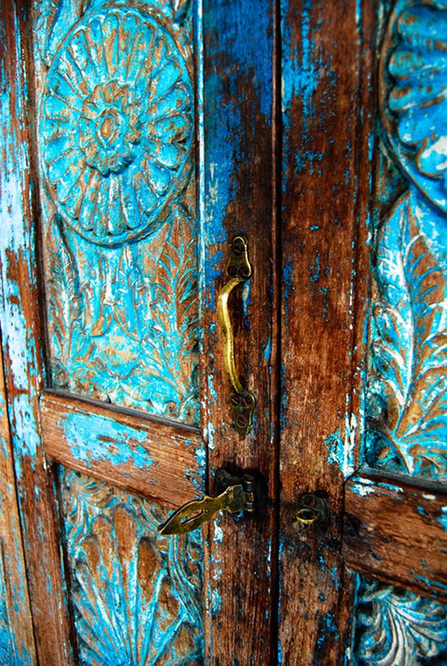 Blue weathered garden gate - Indian style