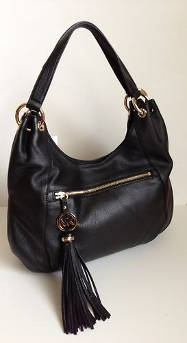 77d1ae60f8c5 77 best Handbags images on Pinterest   Black handbags, Black purses and  Over the shoulder bags
