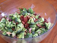 Broccoli Bacon Salad Recipe - So good! Lots of bacon and a sweet creamy dressing. The perfect side dish for chili, sliders, tacos, really any Super Bowl food!