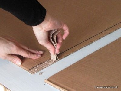 comment réunir 2 plaques de carton ondulé Plus