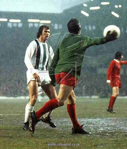 Liverpool 3 B. M 'gladbach 0 in May 1973 at Anfield. Liverpool keeper Ray Clemence throws the ball out with Jupp Heynckes watching in the UEFA Cup Final, 1st Leg.