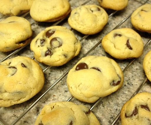 Easy Chocolate Chip Cookies | Yummy | Pinterest