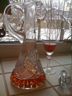 Zapach rozmarynu: Nalewka herbaciana z rumem na rozgrzewkę