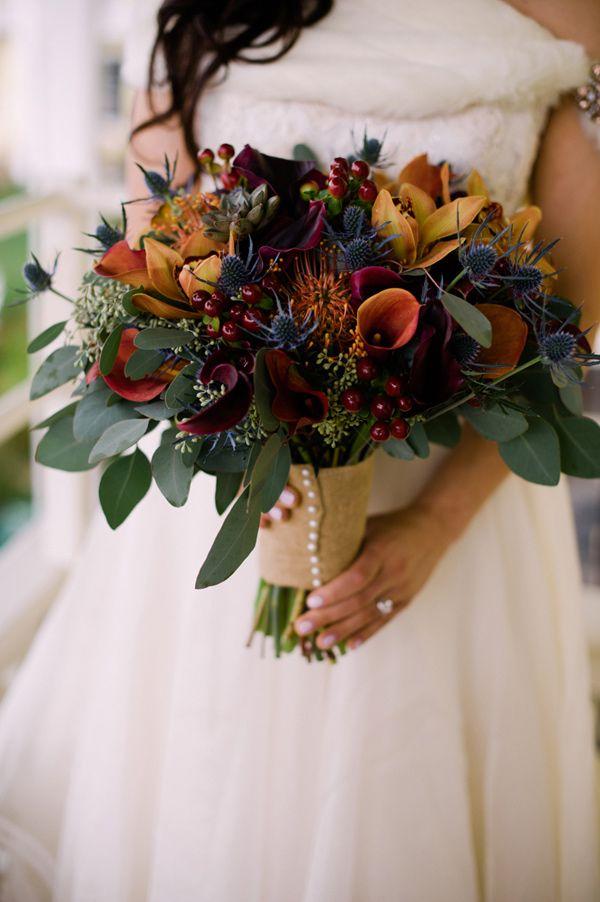 fall wedding bouquet - photo by Jessica Hendrix Photography http://ruffledblog.com/willow-creek-winery-wedding