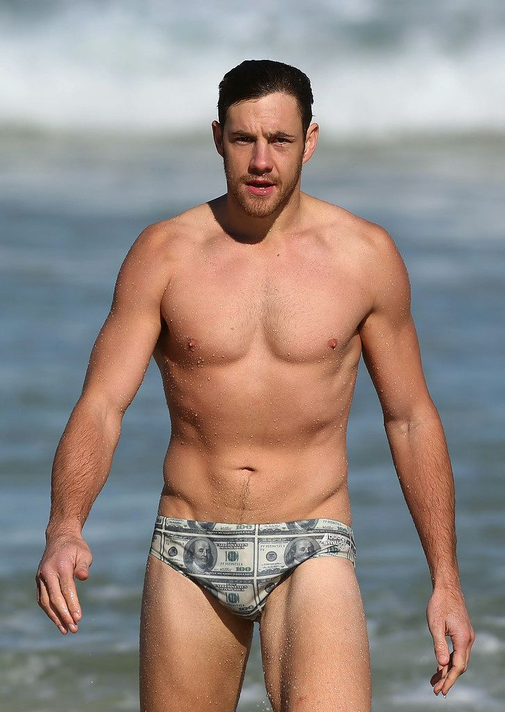 Shane Mumford of Sydney Swans AFL wears super-snazzy Budgy Smugglers - Photograph by Getty Images