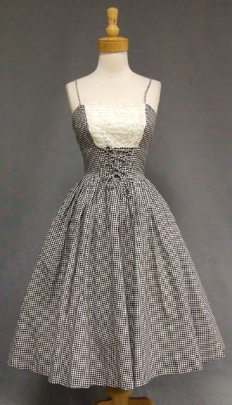 1000  ideas about Vintage White Dresses on Pinterest | Vintage ...