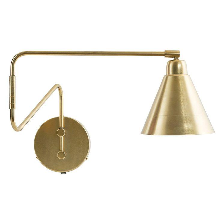 Game vegglampe M fra House Doctor. En dekorativ vegglampe laget i jern belagt med messing. Lampen bl...