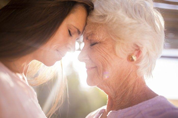 Quando temos que cuidar de idosos, como por exemplo os nossos pais, costumamos dar prioridade ao dever e às obrigações que temos para com eles e descurar, de certa forma,…