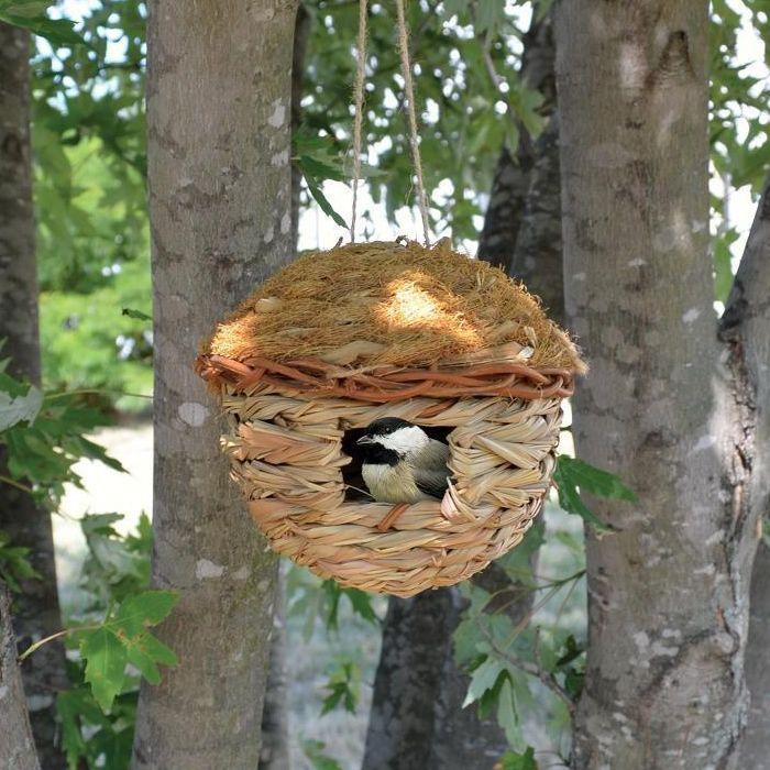 Duncraft Com Round Hanging Grass Roosting Pocket Bird Houses Bird House Farmhouse Birdhouses