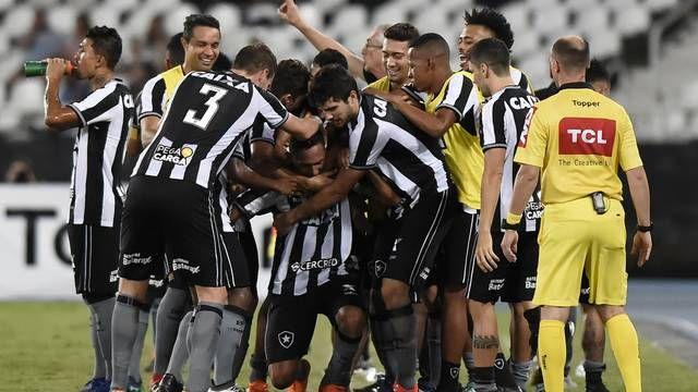 Botafogo F R 2 X 1 Gremio 2018 Botafogo Campeonato Brasileiro Botafogo Fr