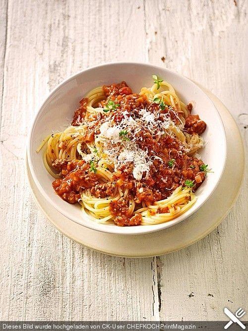 Spaghetti Bolognese, ein gutes Rezept aus der Kategorie Gemüse. Bewertungen: 81. Durchschnitt: Ø 4,4.