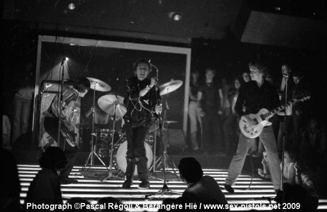3rd September 1976 - Club De Chalet Du Lac, Orée du bois de Vincennes, 75012 Paris, France. Photo © Pascal Régoli & Bérangère Hié.
