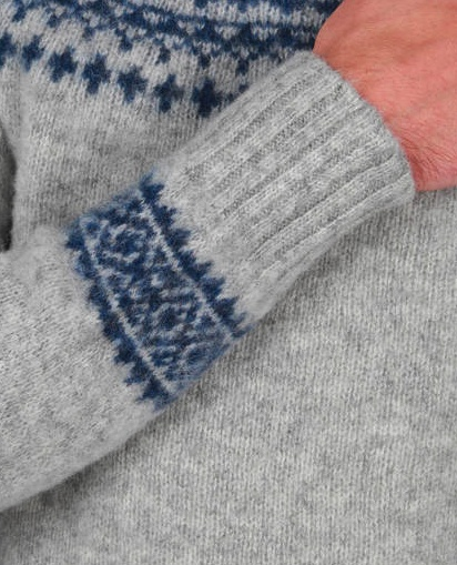 HOWLIN' BY MORRISION KNITTED WOOL SWEATER ROUND NECK WITH NORWEGIAN STYLE PATTERN IN BLUE ON THE SLEEVES AND ON THE SHOULDER AND CHEST