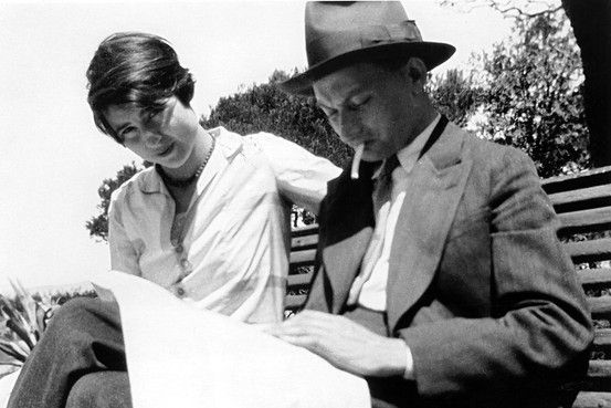 Joseph Roth with his wife Friedl Reichler in the South of France, 1925 (Lebrecht Photo Library)